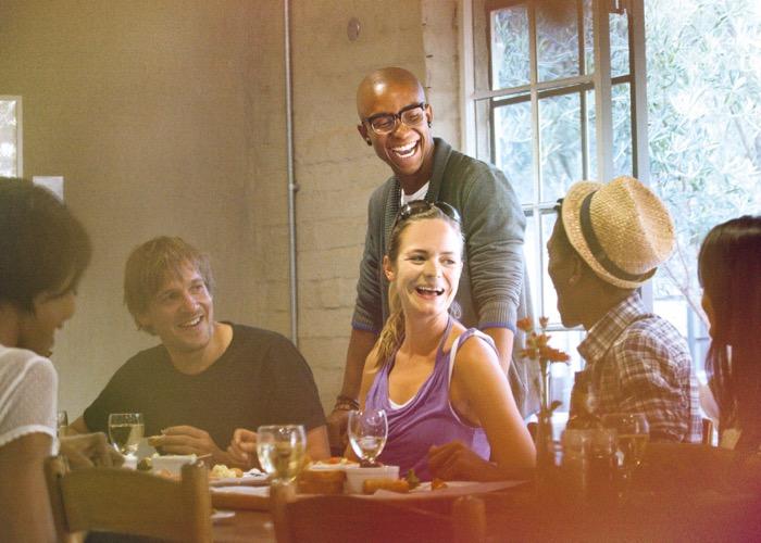 déjeuner avec produits du terroir et dégustation de vin lors d'un voyage CE en Afrique du Sud