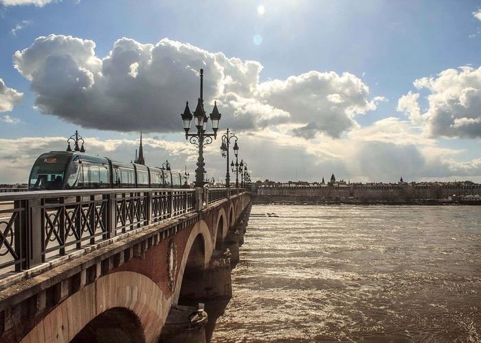 Visite de la ville de Bordeaux lors d'un séminaire à Bordeaux