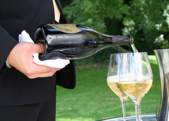 coupe de champagne, champagne, dégustation, sommelier, grands crus, grand champagne, champagne, blanc de blanc, blanc de noir, coupe de champagne, dom pérignon