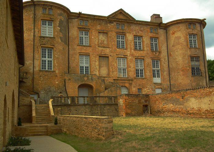 Visitez le château de Thézié lors d'un séminaire dans le beaujolais