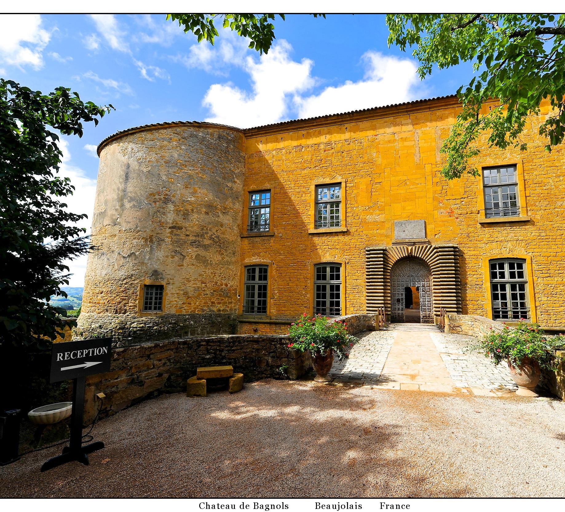 Visite du Château de Bagnols lors d'un Séminaire dans le Beaujolais