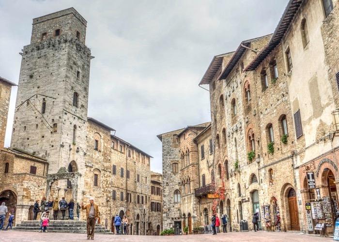 Organisez votre séminaire en Toscane et découvrez les petits villages d'Italie et leurs produits locaux