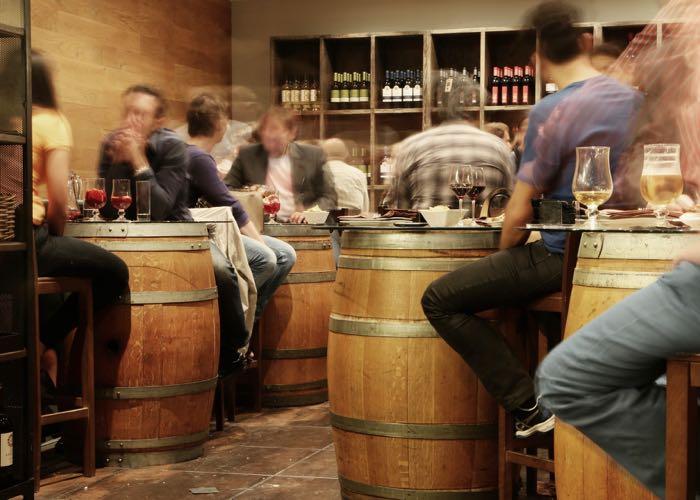 dégustation, équipe, vin et fromage, entreprise, activité, vin, fromage, wine passport, Paris, évènement