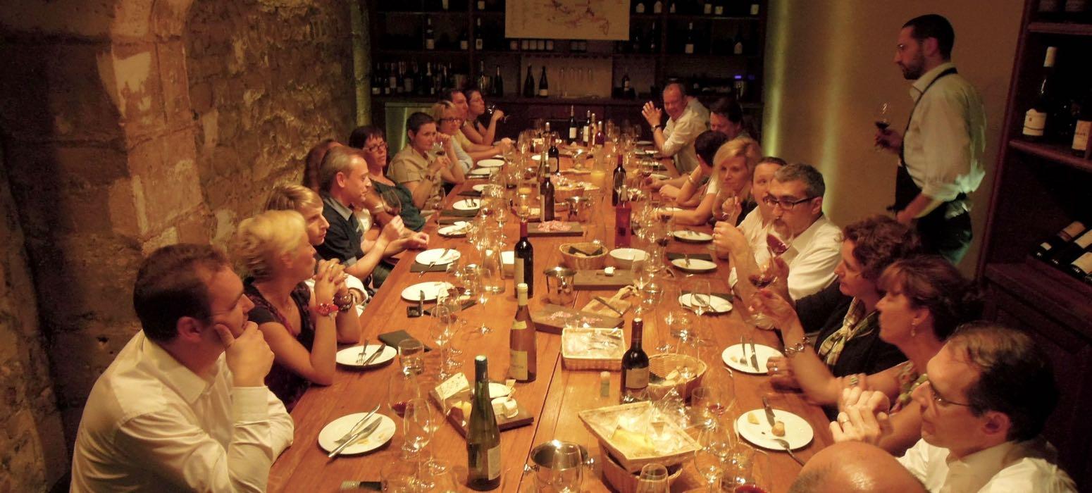dégustation vins et fromage, sommelier, dégustation, vin blanc, vin rouge, tasting, animation, activité, team building