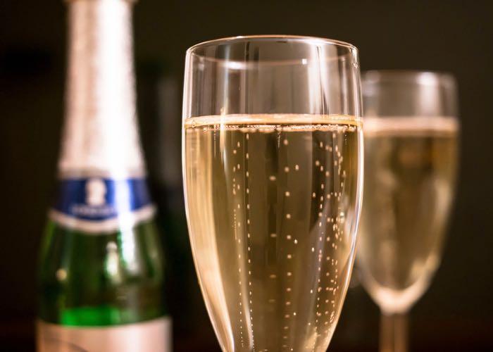dégustation de champagne, champagne, initiation à la dégustation, évènement d'entreprise, entreprise, dégustation, activité, évènement, animation