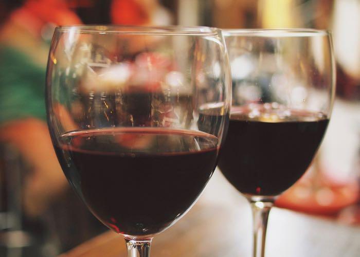 initiation à la dégustation, dégustation, vin rouge, wine glasses, sharing, entreprise, évènement d'entreprise