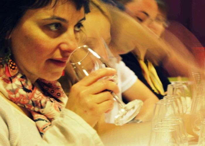 dégustation, nez, vin, vin rouge, équipe, initiation à la dégustation, entreprise, évènement, wine passport