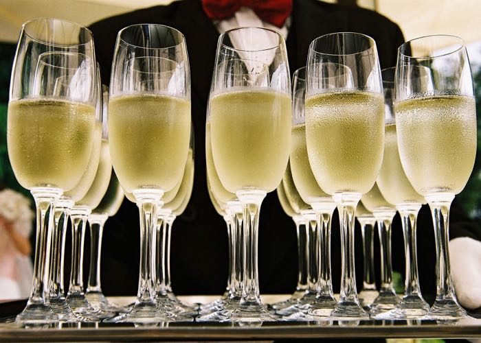 coupe de champagne, champagne, dégustation, sommelier, grands crus, grand champagne, champagne, blanc de blanc, blanc de noir, coupe de champagne